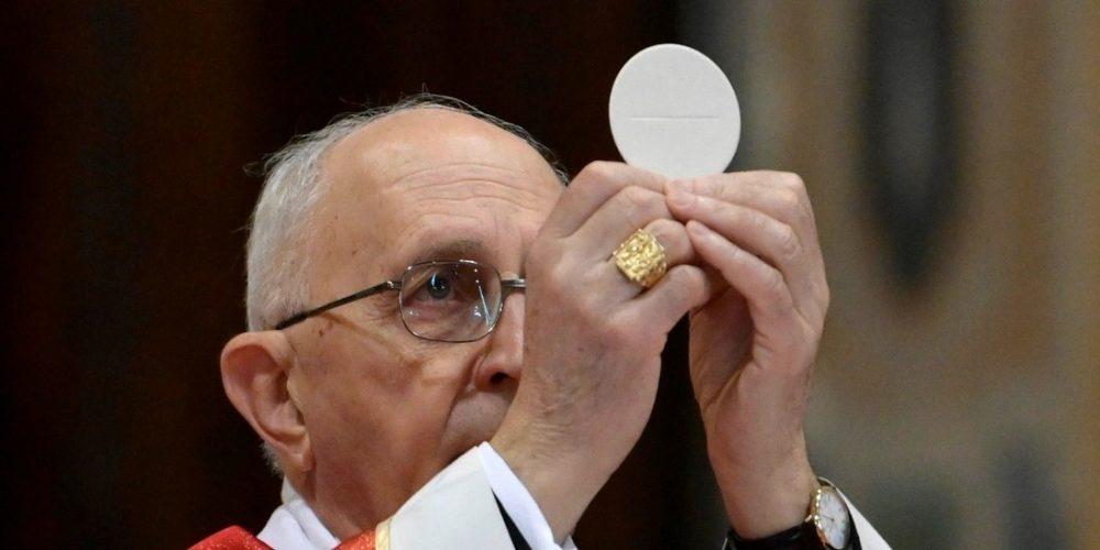 První Bohoslužba Kardinála Velmistra Filoniho